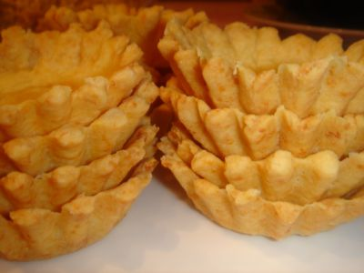 Тарталетки с соленым миндалем