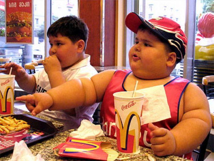 Лишний вес непоседам не грозит