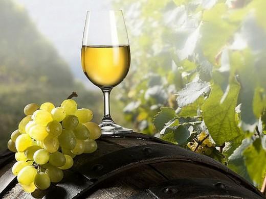 Белое вино влияет на здоровье