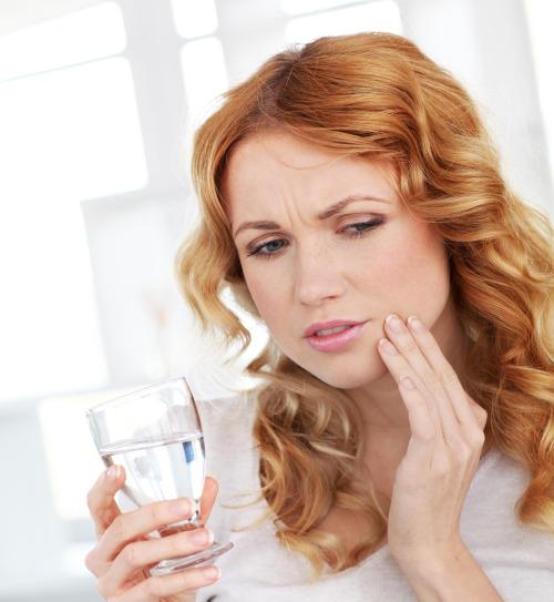 Фитотерапия от зубной боли