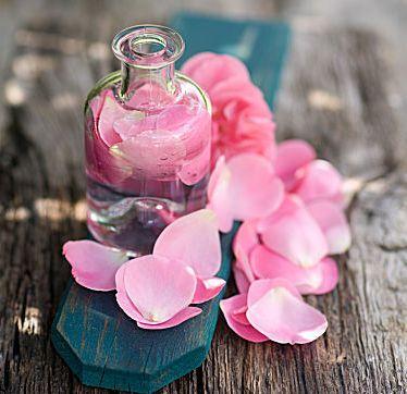 Косметика из цветков розы
