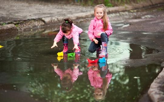 Надежная обувь для детей в межсезонье